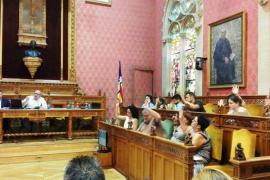 El Consell de Mallorca aprueba por unanimidad su cartera de servicios sociales