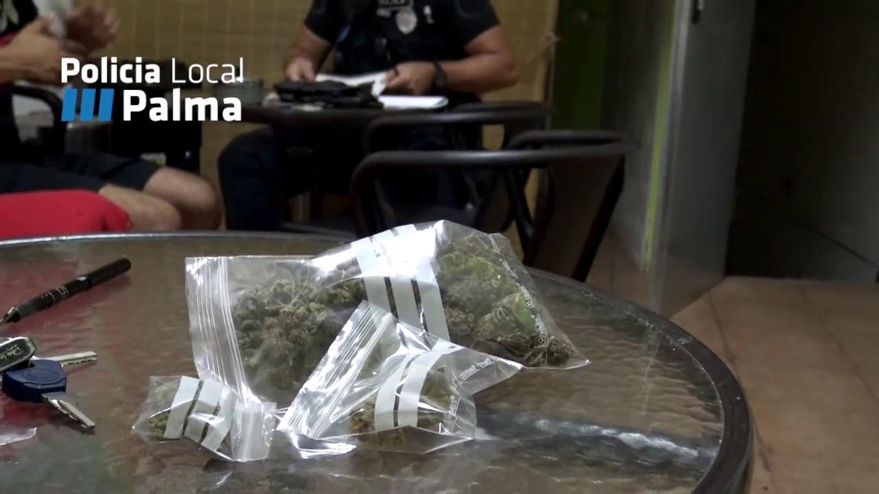 La Policía Local de Palma detiene a dos personas en una operación contra el tráfico de estupefacientes