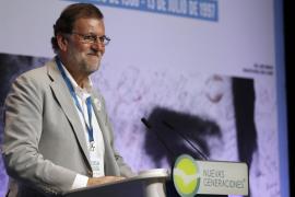 Rajoy muestra a Puigdemont el camino del Gobierno vasco frente a su «delirio»
