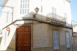 El municipio amplía su patrimonio con un casal y una finca rústica legada por una vecina