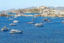 El alquiler náutico registra máximos y las empresas compran más embarcaciones