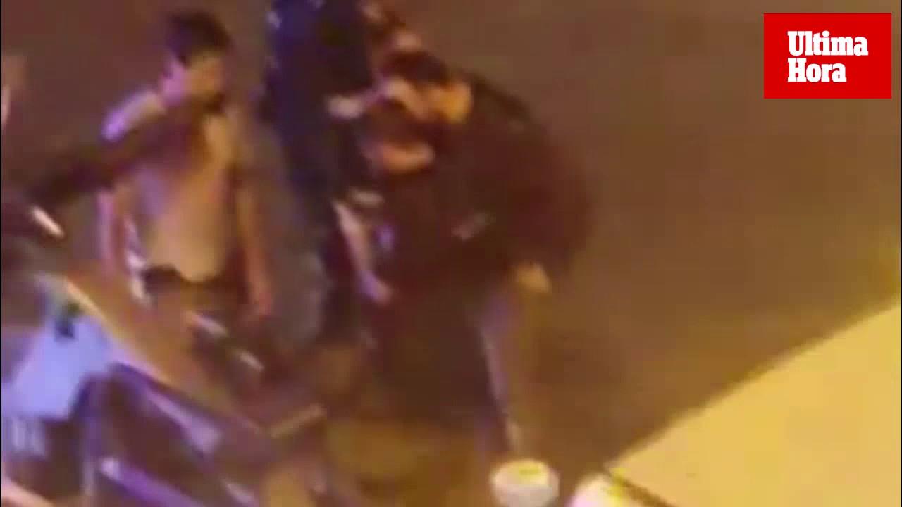 En estado grave un hombre tras una pelea multitudinaria en el Paseo Marítimo