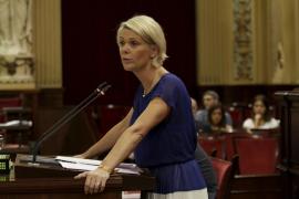 Aina Aguiló presenta una propuesta para «proteger» la «lengua mallorquina» en Palma