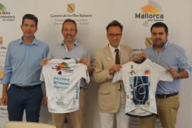 El nuevo maillot de la selección balear de ciclismo combina deportes, turismo y cultura