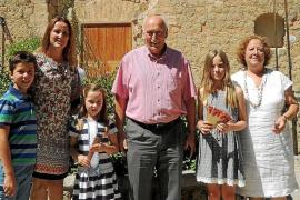 La 'beateta' Clara Morey Mulet presidirá este año la cabalgata del Carro Triunfal