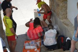 Herida grave una turista en Sant Elm por la picadura de una abeja