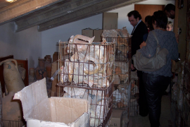 PALMA - DIVISION ENTRE LOS ARQUEOLOGOS ANTE LAS DENUNCIAS CONTRA EL MUSEU DE MALLORCA.