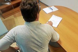 Un vecino de Alaró denuncia que vive atemorizado en su propia casa