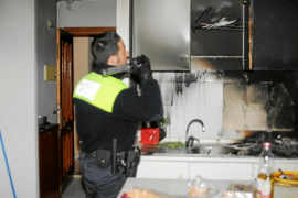 Un hombre rescata a un vecino que se quedó dormido mientras ardía su casa en Andratx