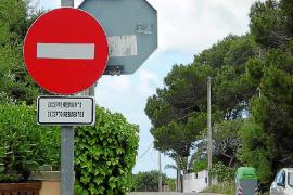 Un aparcamiento público en Cala Llombards evitará la saturación de vehículos en la zona