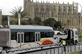 Llega a Palma la primera unidad del tram tren, que conectará Manacor y Artà