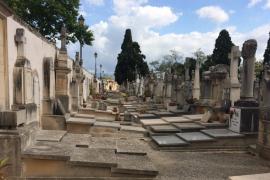 La EFM acometerá en septiembre la supresión de tumbas abandonadas