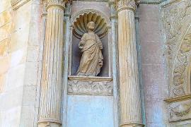 Actos vandálicos dañan la imagen de Sant Pau de la iglesia