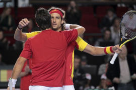 España, en cuartos y sin ceder un set