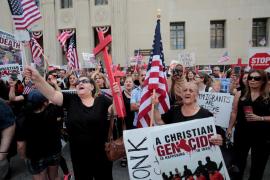Un juez de EEUU detiene la deportación de más de 1.400 ciudadanos iraquíes