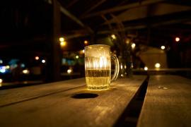 Las mujeres solicitaron más tratamientos que los hombres por consumo de alcohol en 2016
