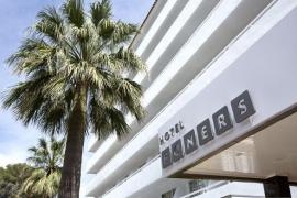 Detenidos cinco jóvenes alemanes por los destrozos causados en un hotel de s'Arenal