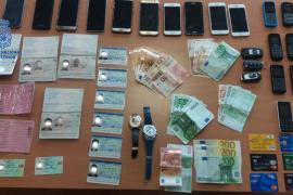 La Policía detiene a nueve argelinos acusados del robo con violencia de relojes de alta gama