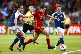 La selección española femenina pierde ante Escocia pero se clasifica para cuartos de rebote