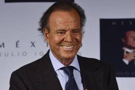 Un presunto hijo de Julio Iglesias pide ayuda para ser reconocido por el artista