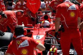Vettel se queda con la 'pole' en Hungría, donde Alonso saldrá séptimo y Sainz noveno