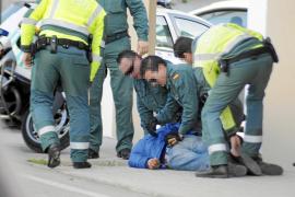 Detenido un conductor ebrio que se enfrentó a los agentes tras una persecución en el Port d'Andratx
