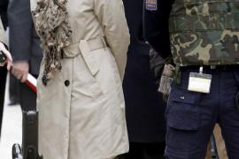La ministra Chacón releva al jefe de los espías militares y reorganiza el servicio