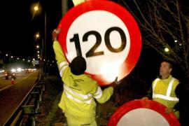 Sobrepasar el límite de 110 km/h se multa con 100 euros a partir de hoy