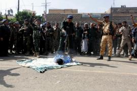 Ejecutan a un hombre en una plaza pública del Yemen por violar y matar a una niña de tres años