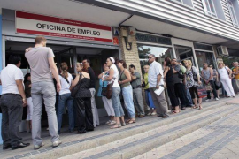 El desempleo baja un 14 % interanual en julio en Baleares hasta 39.154 parados