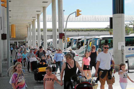 El aeropuerto de Palma espera a medio millón de pasajeros entre el viernes y el domingo