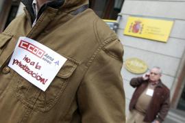 Los sindicatos de AENA convocan 22 días de paros en fechas clave para el turismo
