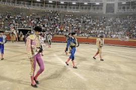 Talavante triunfa en la última corrida de toros en el Coliseo Balear