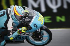 Joan Mir se consolida como líder del Mundial de Moto3 tras ganar en la República Checa