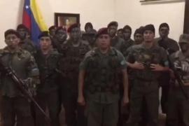 Militares venezolanos se declaran en «legítima rebeldía» contra Maduro
