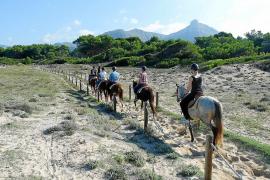 Cazadores, taurinos y payeses se unen en una plataforma en 'Defensa del Mundo Rural'