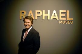 Raphael inaugura en Linares el museo que mostrará su colección personal