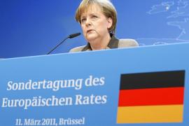 Los líderes europeos aprueban el Pacto por el Euro que exige Merkel