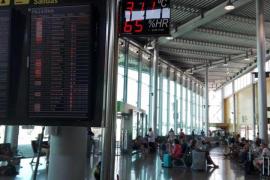 Trabajadores del aeropuerto denuncian el exceso calor en las terminales