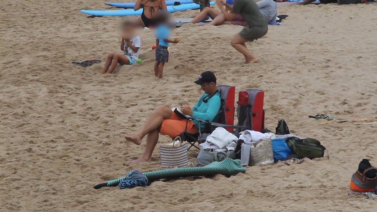Urdangarin disfruta en la playa ajeno a sus problemas judiciales
