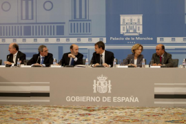 Zapatero vuelve a citar en Moncloa a las grandes empresas para el 26 de marzo