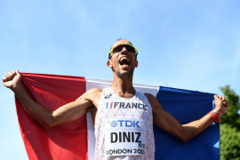 Diniz se cuelga el oro en los 50 km marcha y es el campeón más longevo de la historia del atletismo