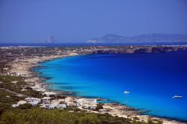 Muere ahogado un joven de 19 años tras caer de una embarcación en Formentera