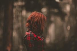 La críptica señal de socorro de una joven que se suicidó motiva a su madre a servir de ejemplo