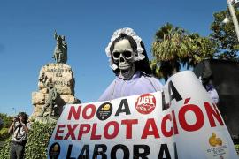 Barceló dice que la nueva ley turística servirá para poner fin a los «abusos» en los contratos