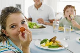 ¿Cómo mantener en buen estado los alimentos en verano?