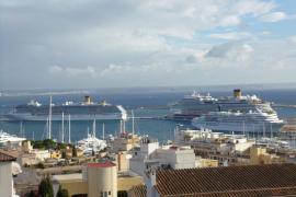 Una organización ecologista registra en Palma partículas contaminantes en el aire emitidas por los cruceros