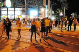 Alcúdia modifica la ordenanza municipal para combatir el botellón entre los jóvenes