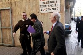 El juez vuelve a citar a Matas como imputado y anula el auto para llevarle a juicio oral
