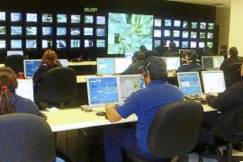 Los servicios de atención telefónica no podrán dejar en espera al cliente más de un minuto